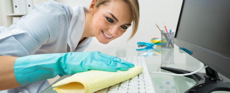 Ezért érdemes takarítócéget alkalmaznia irodája tisztán tartásához