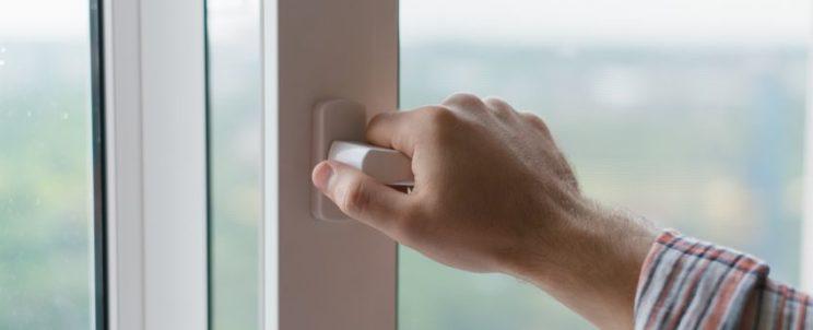 Ablakcsere esetén válassza a műanyag nyílászárókat!