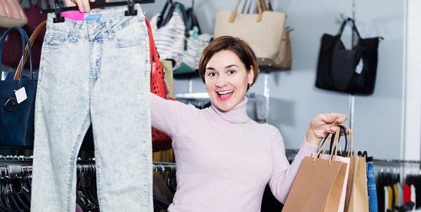 Válasszon stílusához illő nadrágokat, szoknyákat női ruha webáruházból!